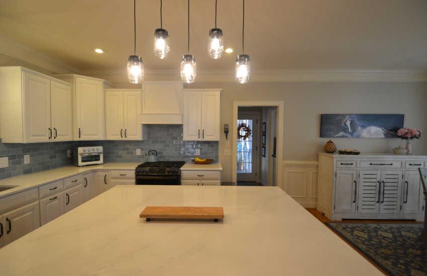 blue backplash kitchen